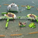 2013 interesting play inflatable floating water park for water theme park